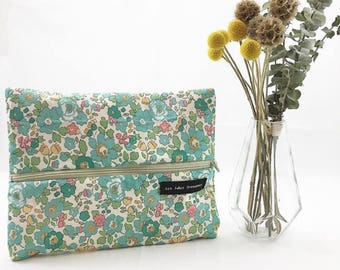 School clutch / pouch Liberty Betsy