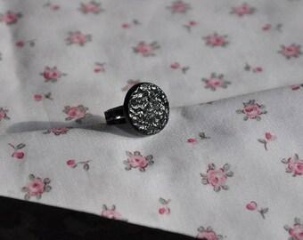 Limoges porcelain black ring