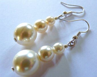 Bridal Earrings, White Pearl Earrings, Bride Earrings, Wedding Jewelry Earrings, Bridesmaid earrings, Drop Pearl Earrings, Silver Earrings