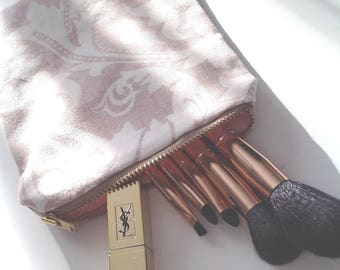 Small pouch makeup - single model