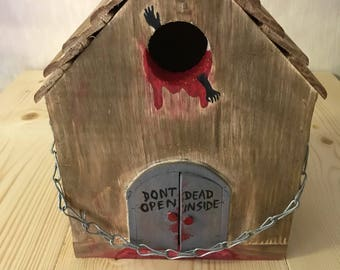 Walking Dead Zombie Birdhouse