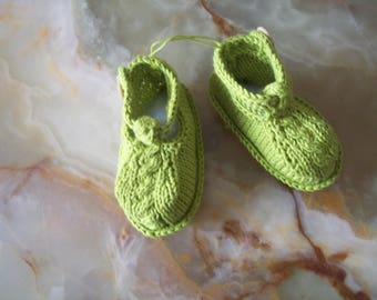baby booties baby sandal collar shape. lime green