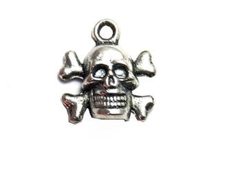 Heads of dead skeleton 14x13mm silver charms