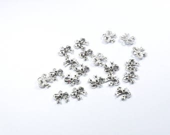 BR763 - Set of 20 silver plated bow charms