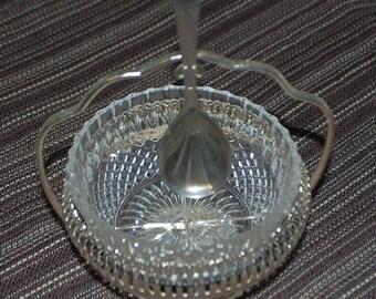 Sugar sugar bowl with spoon