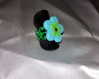 Ring holder and flower polymer clay