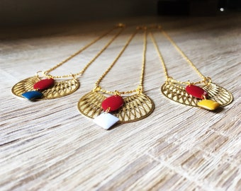 LYA gold necklace has fine gold