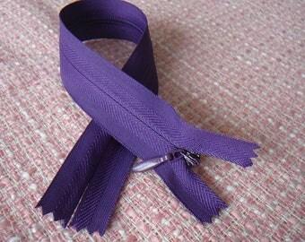 Purple zip INVISIBLE zipper, 25 cm