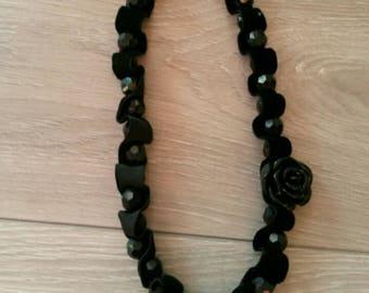 Necklace baroque, chic, elegant pearls and velvet