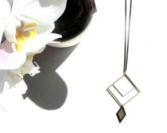 The dial necklace - geometric squares and diamond