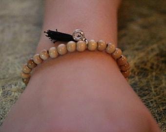 Bracelet wood beads and tassel