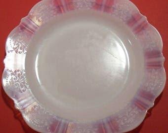 MacBeth Evans Monax American Sweetheart 9 Inch Plate