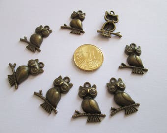 8 breloque Hibou en métal bronze 24 x 18 mm