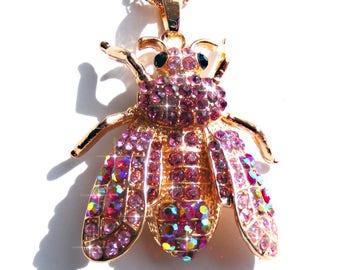 Sautoir abeille doré, strass rose et rose AB, chaine doré.