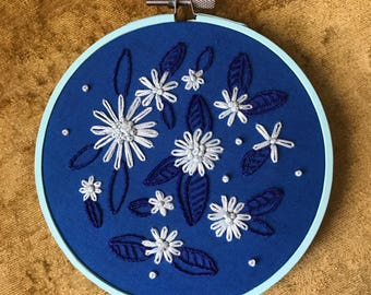 5 inch embroidey hoop with blue floral design