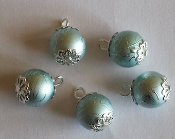 5 pendants 12mm blue/gray glass beads