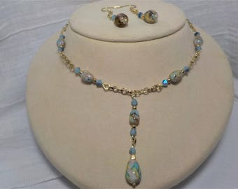 Long stone pendent gold chain