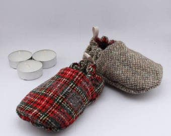 Stay on baby shoes - reversible tweed tartan