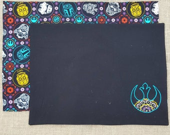 2 Star Wars Candy Skull Placemats - reversible - cotton fabric - R2D2 - C3PO - the resistance - storm trooper - darth vader - Boba Fett
