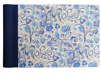 Small photo album, spiral bound with linen hinge and blue Florentine motif