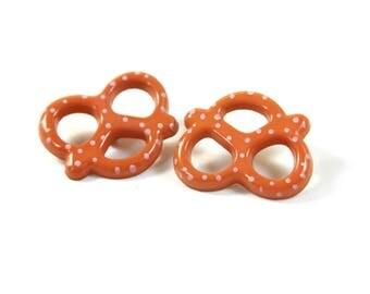 Pretzel earrings, pretzel studs, Pretzel jewelry, Food earrings, Food studs, Snacks studs