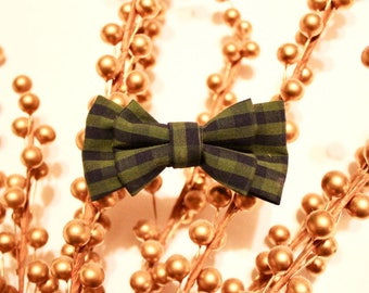 Gingham bow tie - christmas bow tie - fall bow tie - clip on bow tie - bow tie