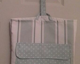 Door hanging storage bag