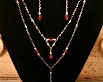 Red, green and antique copper necklace and earrings