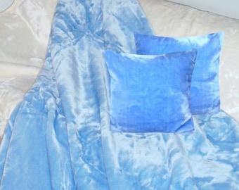 Top offer! 3 piece set, 1 bedspread 200 x 160 + 2 pillowcases 40 x 40 Light Blue