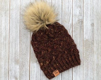 Manitou Beanie with faux fur pom pom