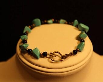 Simple turquoise beaded bracelet