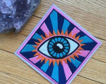 Magic Eye iron on patch