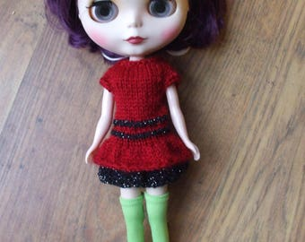 Blythe doll tiered dress with glitter yarn