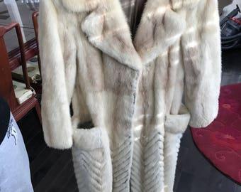 Mink coat/manteau de vison