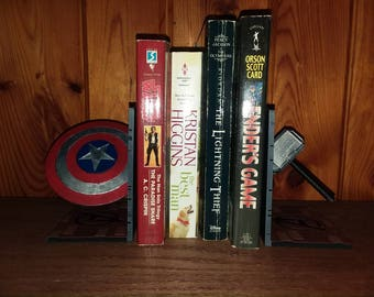 Avengers bookends.  Marvel. Captain America and Thor.