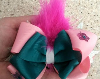Princess poppy hairbow