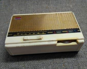 "The portable radio transistor radio ""Planeta"" has been producing the Kiev plant ""Radiopribor"" since 1964. made in USSR"
