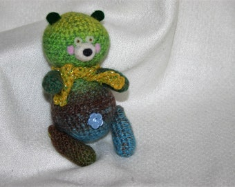 Bright bear cub