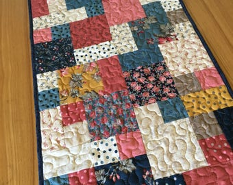 Quilted Table Runner - Cobblestones, Farmhouse style classic home decor, Romantic Floral, blue red pink gold, handmade quilted table topper