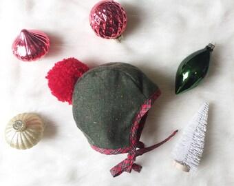 Pom Bonnet, Baby Bonnet, Christmas Bonnet, Green Bonnet, Childs Bonnet, Cute Bonnet, Little Bonnet, Bonnet Photo Prop, Handmade Bonnet