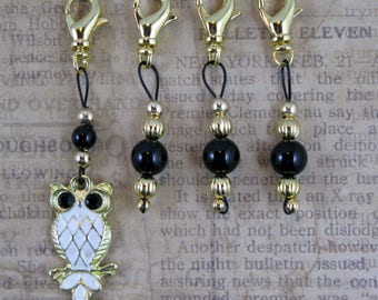 Removable Lobster Claw Stitch Markers - Gold Owl and Black Onyx - Item No. 1039