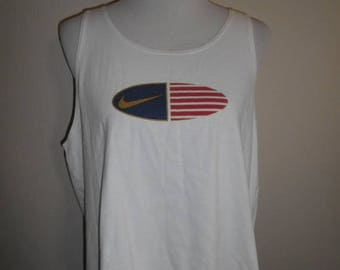 Closing Shop 40%off SALE Vintage 90's  t-shirt tee tshirt tank top NIKE    swoosh   white cotton    made in USA