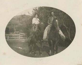 vintage photo 1917 Cowboy cowgirl Sit on Horses Chaps Rope Hats Western