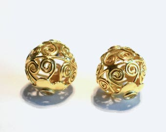 Bali Vermeil Round Hollow Bead with wires 13mm