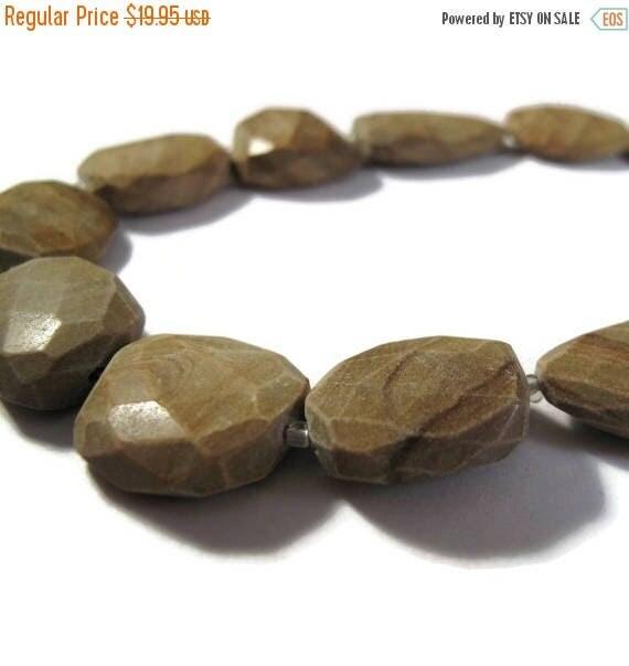 SALE 50% off - Jasper Nugget Beads, One Strand of Picture Stone Jasper, Chunky Gemstones for Making Jewelry, 12 Inch Strand (S-Ja4)