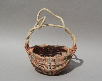 Small Buttocks Basket Twisted Vine Handle Pastel God's Eye Design Vintage Handmade Basket