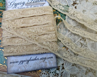 Vintage French Edging Lace...Antique Scalloped Lace Yardage Trim, Picot ...Clover, Floral...Crazy Quilting, Dolls, Art Journals...LY170605