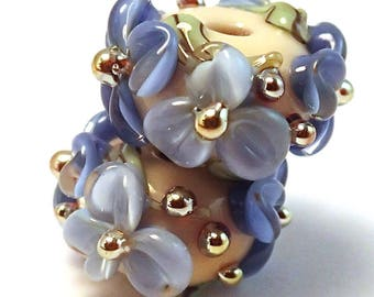 Gilded Blueberry Cream Floral Spacers