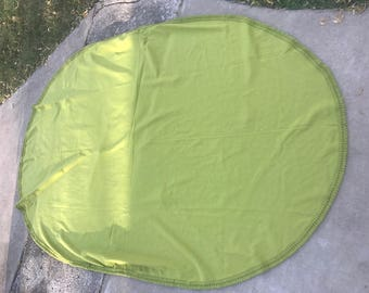 Good Vintage 1970u0027s Era Avocado Green Oval Tablecloth With Looped Fringe