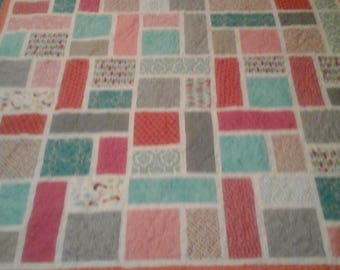 Colorful queen size quilt